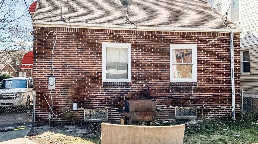 Foto de 5790 Lakepointe St., Detroit, MI, 48224